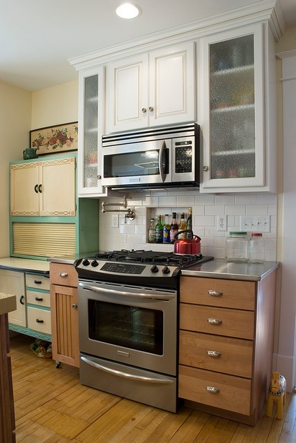 Flour Sifter Kitchen Traditional with Categorykitchenstyletraditionallocationother Metro