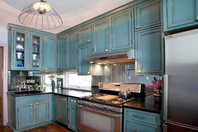 Foldable Chairs Kitchen Traditional with Antique Mirror Backsplash Aqua