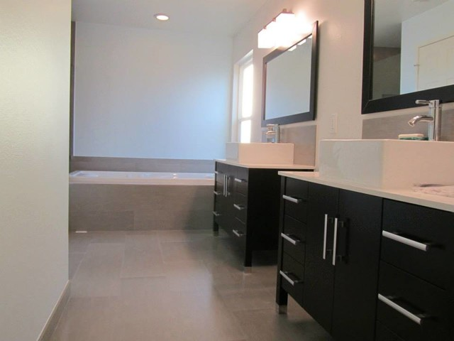 Frother Bathroom Modern with Categorybathroomstylemodernlocationlos Angeles
