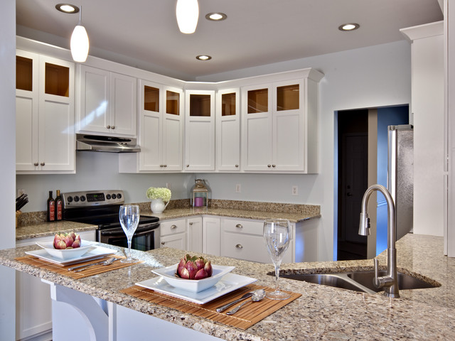 Giallo Ornamental Kitchen Contemporary with Breakfast Bar Ceiling Lighting
