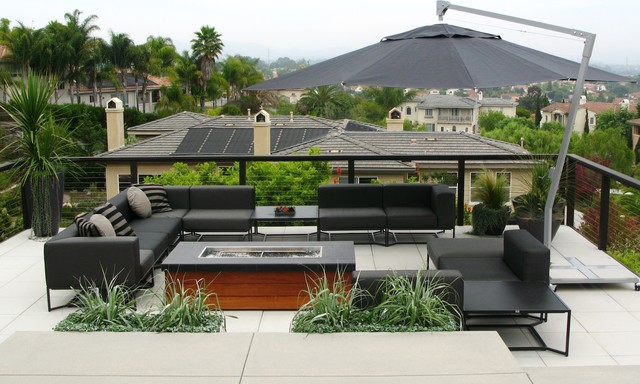 Gloster Furniture Deck Contemporary with Bbq Black Railing Black