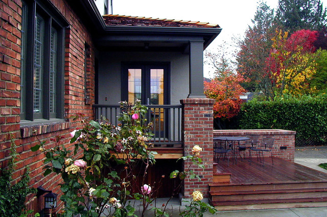 Habersham Furniture Exterior Traditional with Brick Pillar Brick Wall