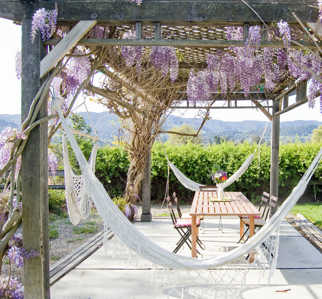 Hammock Frame Patio Farmhouse with Backyard Cafe Chairs Concrete