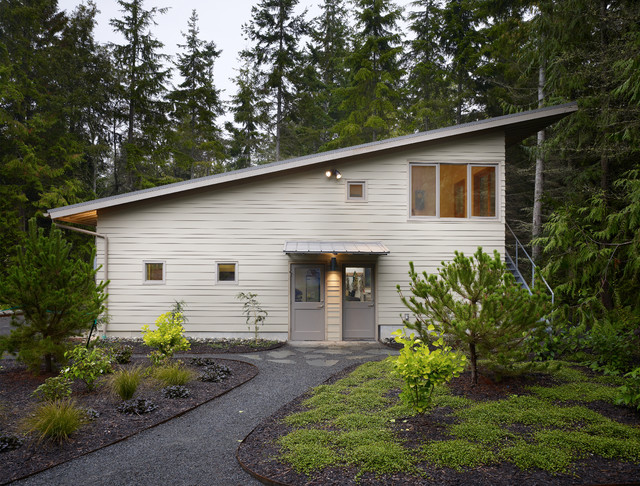 Hardie Plank Siding Garage and Shed Contemporary with Accessory Dwelling Unit Adu