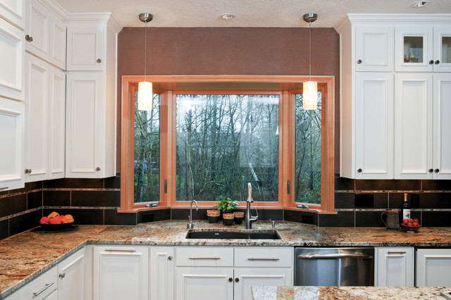 Hermitage Lighting Kitchen Traditional with Backsplash Bay Window Brown
