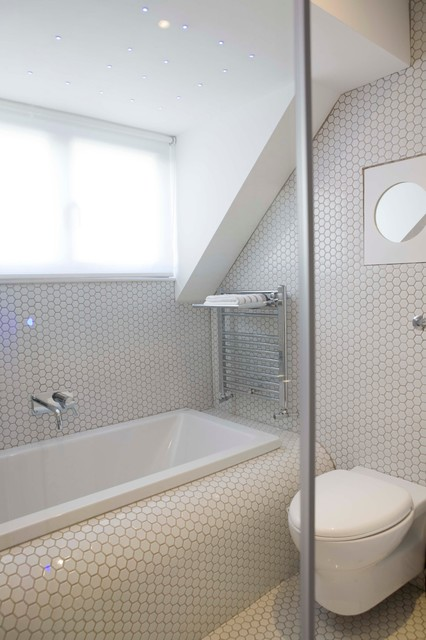 Hexagon Tile Bathroom Modern with Back to Wall Wc3