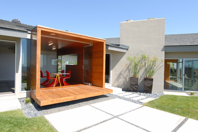 Hickory Chair Exterior Modern with Concrete Covered Porch Lawn