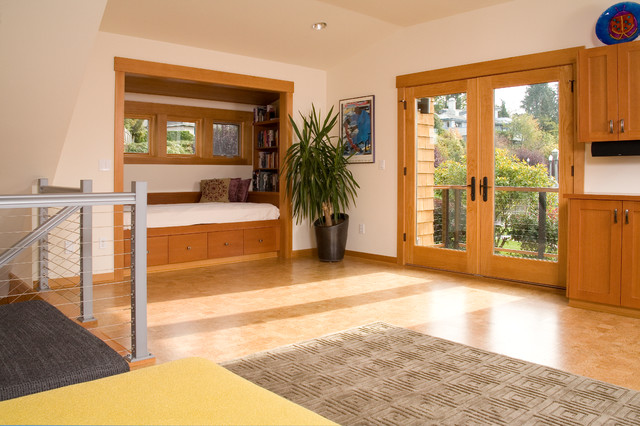 Hideabed Family Room Contemporary with Built in Shelves Cable Rail