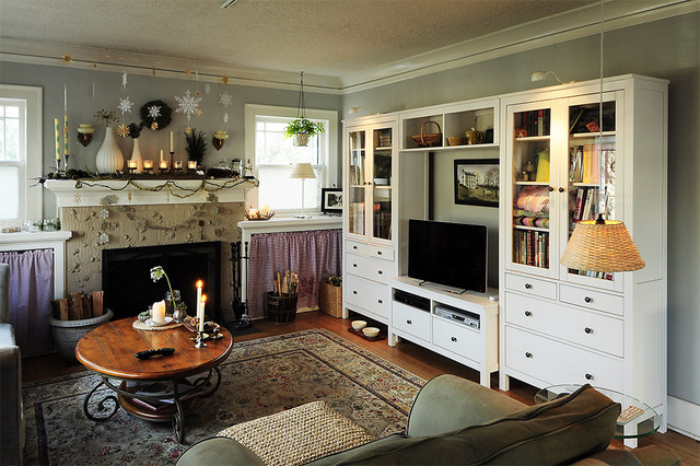 Ikea Closet System Living Room Eclectic with Area Rug Christmas Decorations3