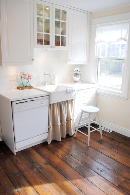 ikea counter stools Kitchen Shabby-chic with barnboard floor country farm