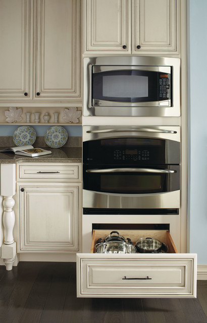 Kemper Cabinets Kitchen Traditional with Categorykitchenstyletraditionallocationother Metro