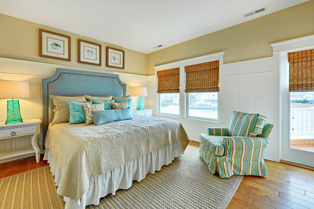 kilim beige Bedroom Beach with bamboo shades beach colors