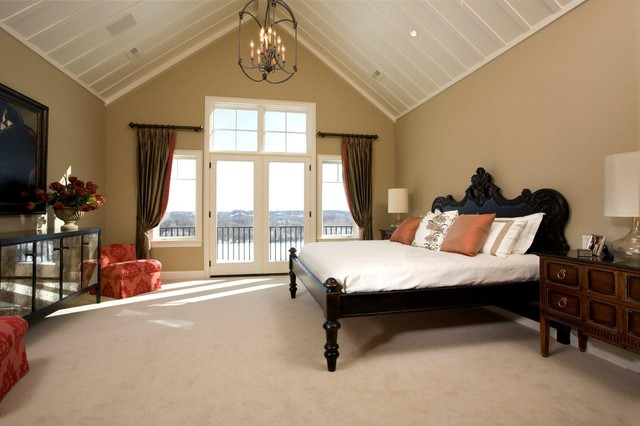 kilim beige Bedroom Traditional with accent chairs balcony bedside