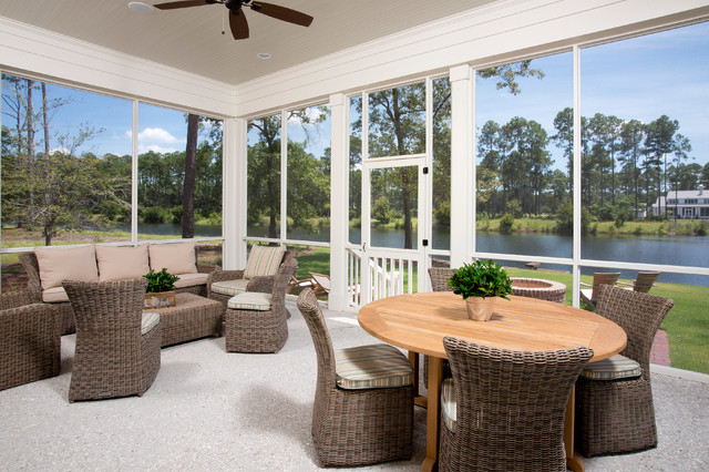 Kingsley Bate Porch Traditional with Beige Ceiling Ceiling Fan