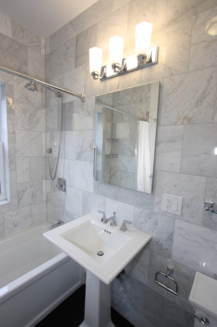 Kohler Memoirs Toilet Bathroom Eclectic with Bathtub Classic Marble Tile