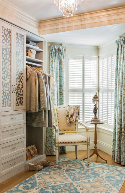 Landry and Arcari Closet Traditional with Area Rug Built In