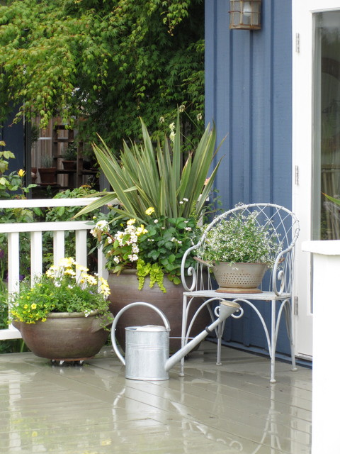 Large Planter Pots Patio Traditional with Blue Board and Battan