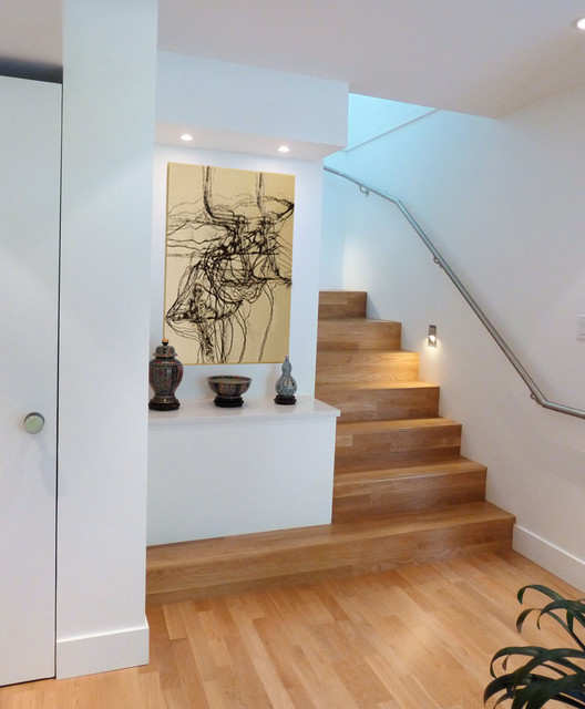 Ledge Shelf Staircase Modern with Art Entry Handrail Ledge