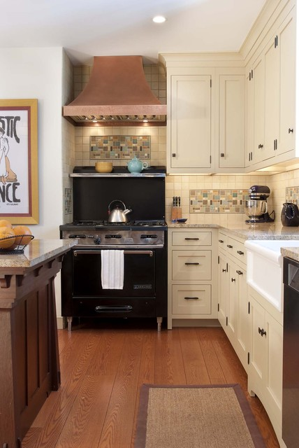 Lily Ann Cabinets Kitchen Craftsman with Apron Sink Arts And