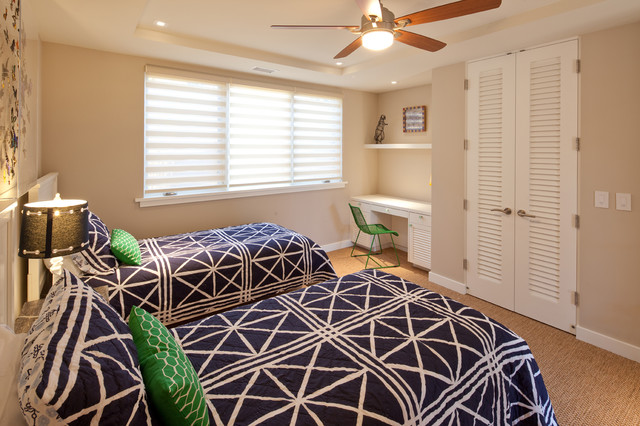Louvered Closet Doors Bedroom Tropical with Baseboard Blue and Green