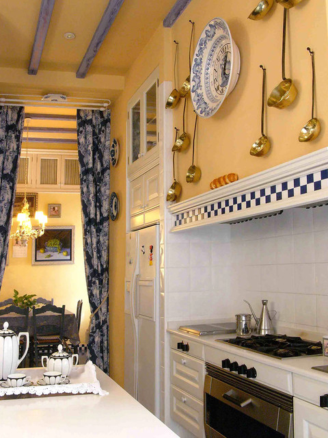 Lowes Amarillo Kitchen Traditional with Azulejos Decorativos Blue And