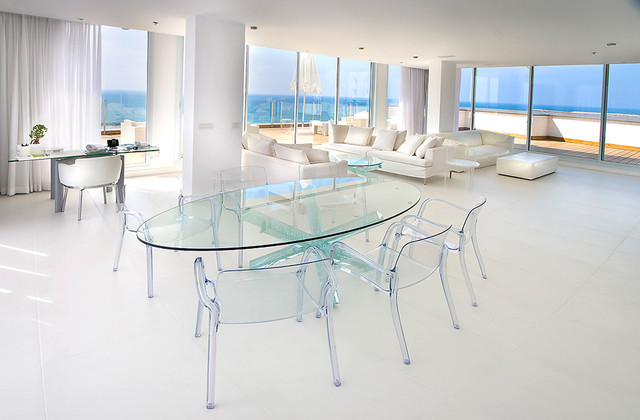 Lucite Chairs Dining Room Contemporary with Clear Chairs Clear Dining1