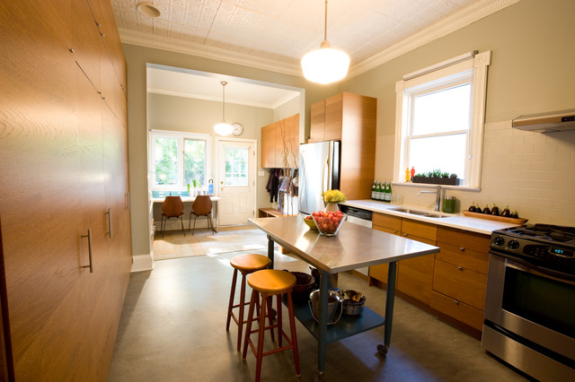 Marmoleum Kitchen Contemporary with Barstools Caeserstone Countertop Flor