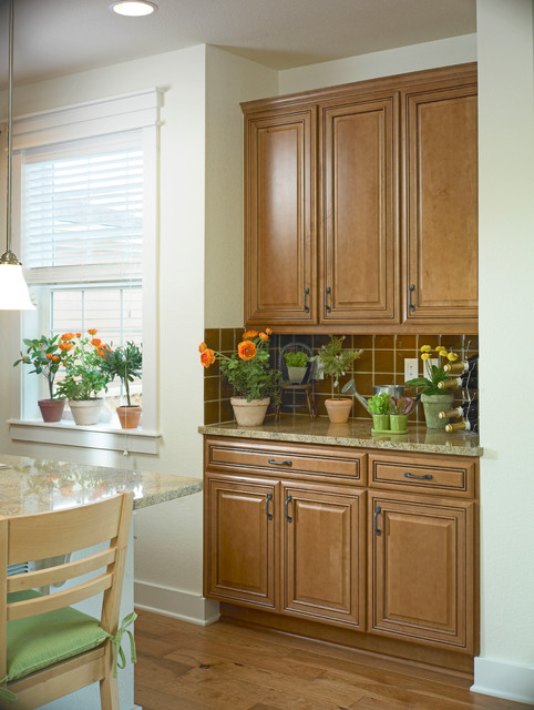 Mastercraft Cabinets Kitchen Traditional with Cabinet Cabinets Island Kitchen2