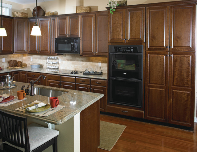 Mastercraft Cabinets Kitchen Traditional with Cabinet Cabinets Island Kitchen4