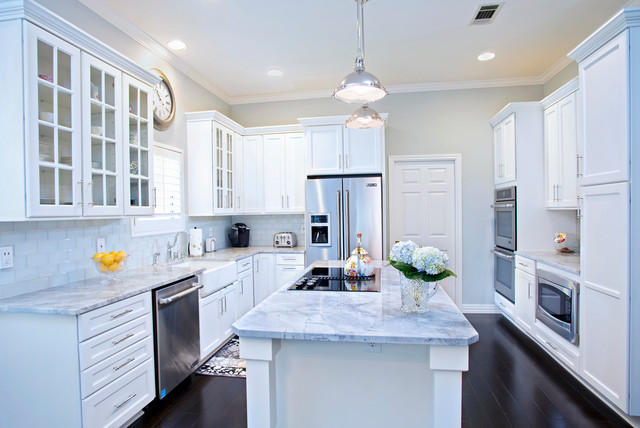Mid Continent Cabinets Kitchen Traditional with Blue Hydrangeas Carrera Marble1