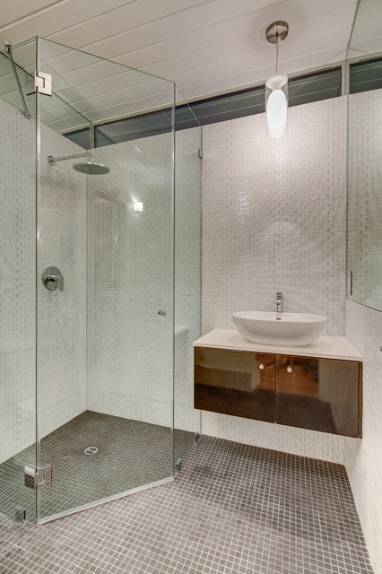 Neo Angle Shower Bathroom Midcentury with Ceiling Light Curbless Shower