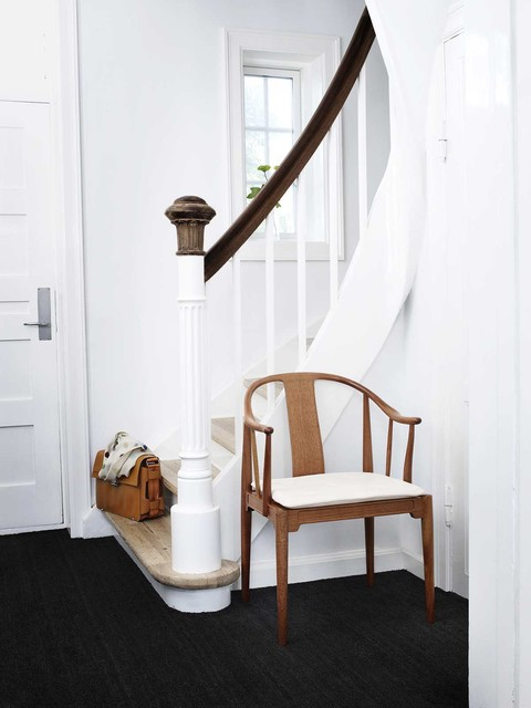 Newel Post Entry Modern with Carpeting Dark Stained Wood
