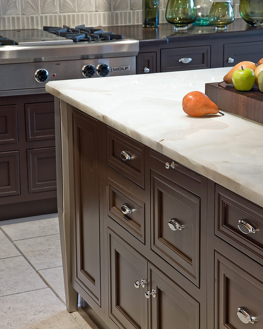 Onyx Countertops Kitchen Traditional with Backsplash Glass Hardwear Island