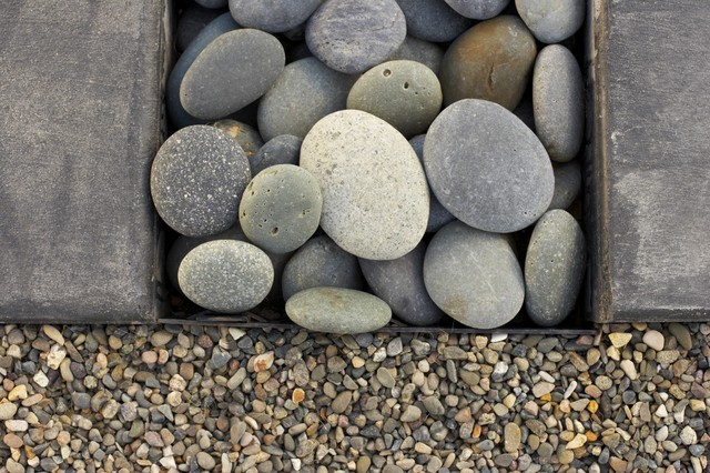 Pebble Junction Landscape Asian with Mexican Pea Gravel Mexican