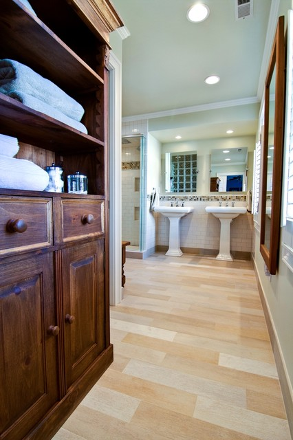 Porcelain Tile That Looks Like Wood Bathroom Contemporary with Childrens Bathroom Dark Stained