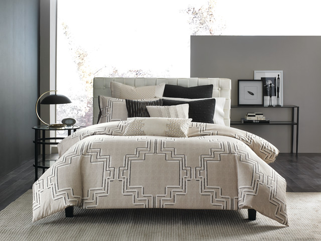 Queen Bed with Trundle Bedroom Contemporary with Hotel Collection Linen Luxury