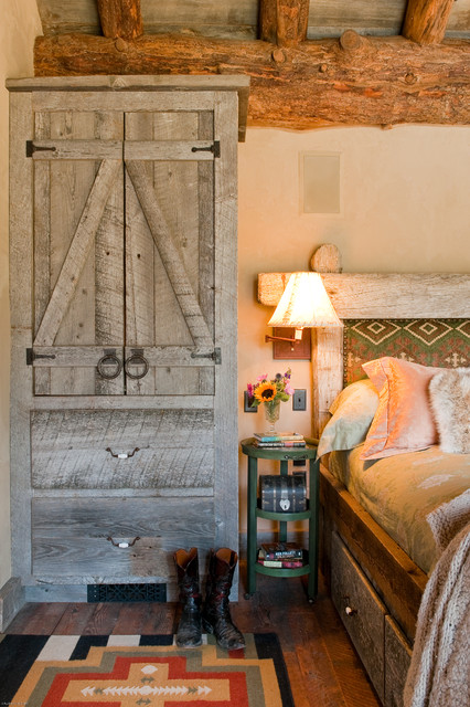 reclaimed wood dresser Bedroom Rustic with beige wall Big Sky