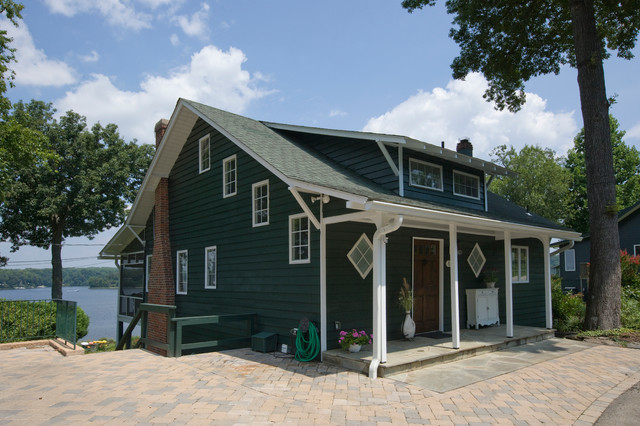 Reeds Ferry Sheds Exterior Traditional with Annapolis Cottage Brick Paving