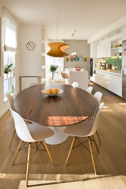 Saarinen Table Dining Room Contemporary with Eames Chair Orange Pendant1