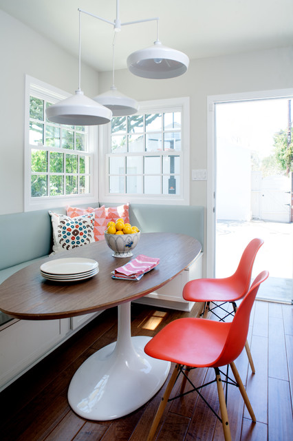 Saarinen Table Kitchen Contemporary with Banquette Breakfast Area Built In