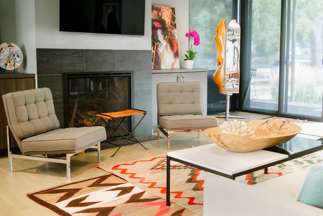 Saarinen Table Living Room with Aztec Rug Contemporary Design