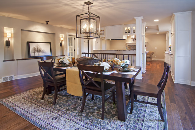 Saloom Furniture Dining Room Traditional with Alcove Area Rug Chandelier