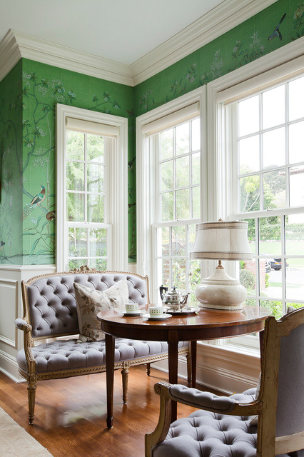 Setee Living Room Traditional with Accent Wall Crown Molding