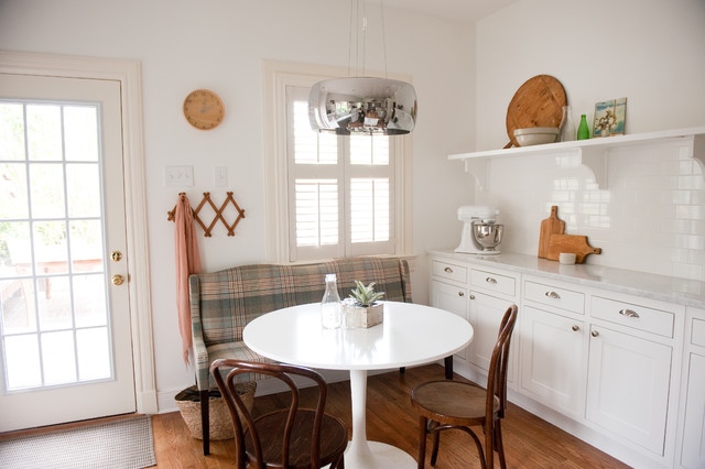 Settee Bench Kitchen Traditional with Bentwood Chairs Carrera Marble
