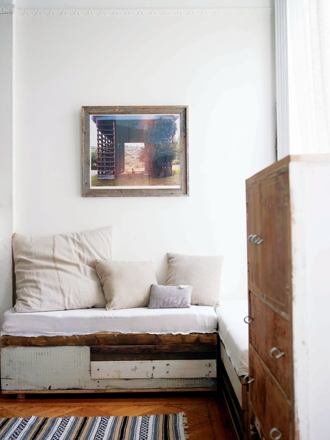 Shabby Sheek Living Room Shabby Chic with Antique Art Barn Boards