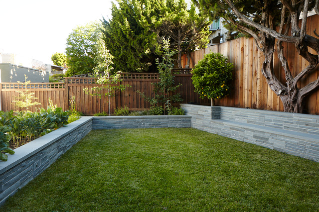 Shadow Box Fence Landscape Contemporary with Backyard Bushes Grass Green