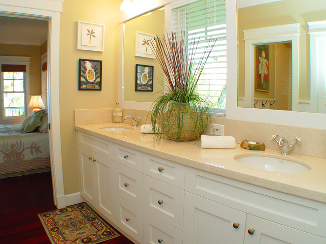 Shaker Cabinet Doors Bathroom Tropical with Area Rug Hardwood Floor