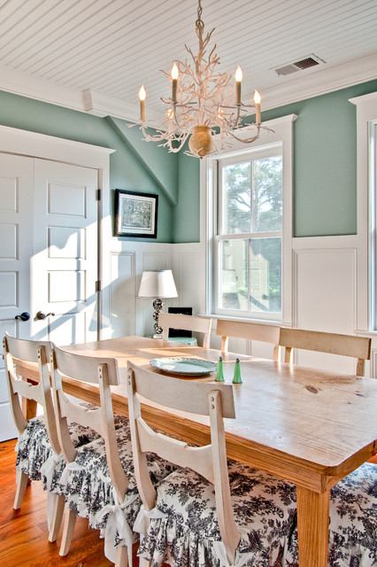 sherwin williams duration Dining Room Farmhouse with antler chandelier black and