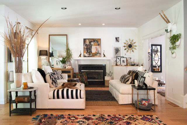 Sherwin Williams Duration Living Room Eclectic with Black White Black Accents