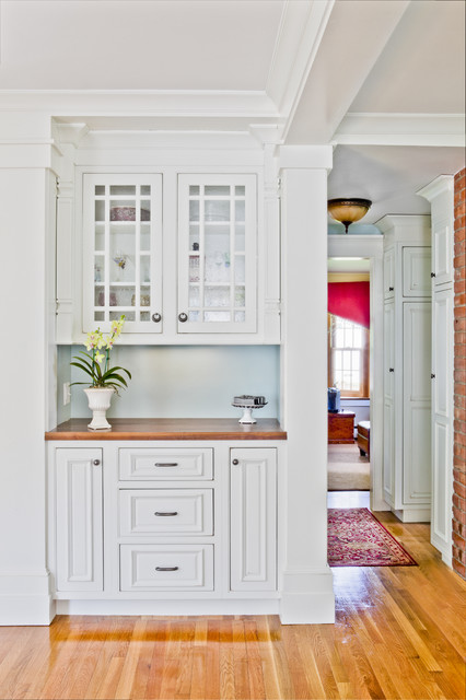shiloh cabinets Kitchen Traditional with brick carpet runner CEILING